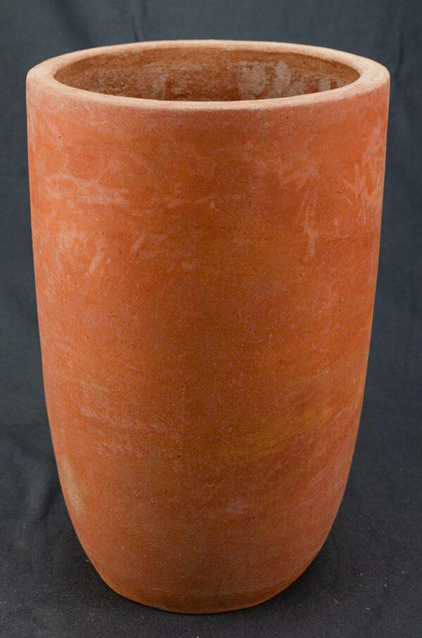 Hohe moderne Vase